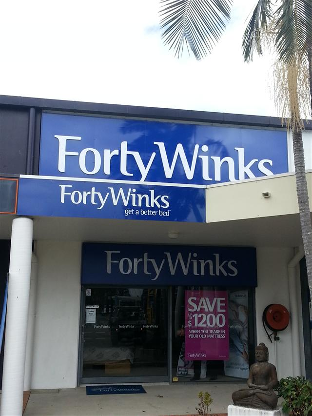 Wolf_Signs_Building_Signage_Forty_Winks_Noosa