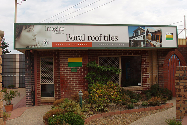 Wolf_Signs_Building_Signs_Boral_B