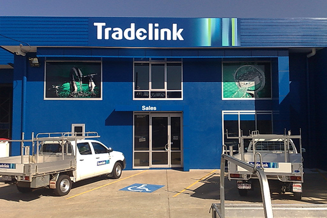 Wolf_Signs_Building_Signs_Tradelink