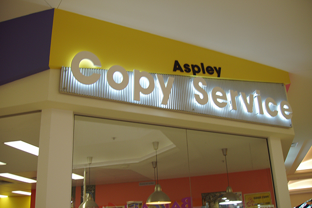 Wolf_Signs_Illuminated_Signs_Aspley_Copy_Centre_A
