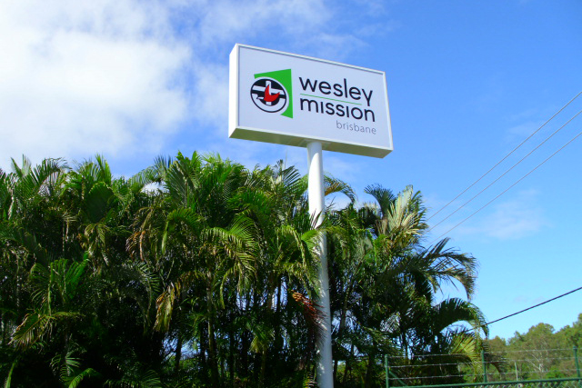Wolf_Signs_Illuminated_Signs_Wesley_Mission