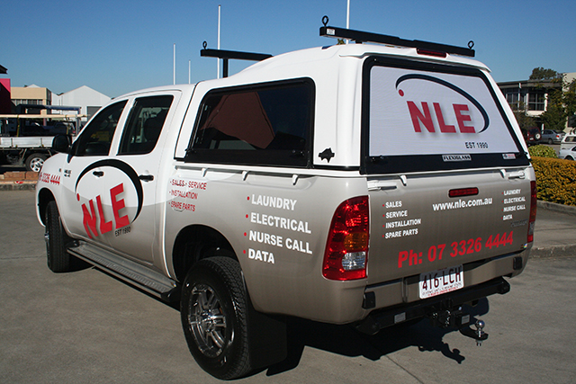 Wolf_Signs_Vehicle_Graphics_NLE_B