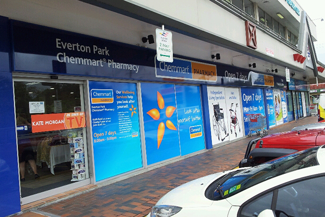 Wolf_Signs_Window_Graphics_Chemmart_Pharmacy
