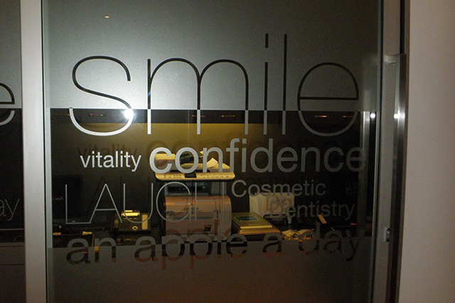 Wolf_Signs_Window_Graphics_Frosted_Smile_C