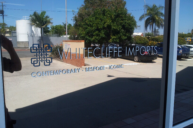 Wolf_Signs_Window_Graphics_Whitecliffe_Imports